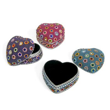 Beaded Flower Heart Box